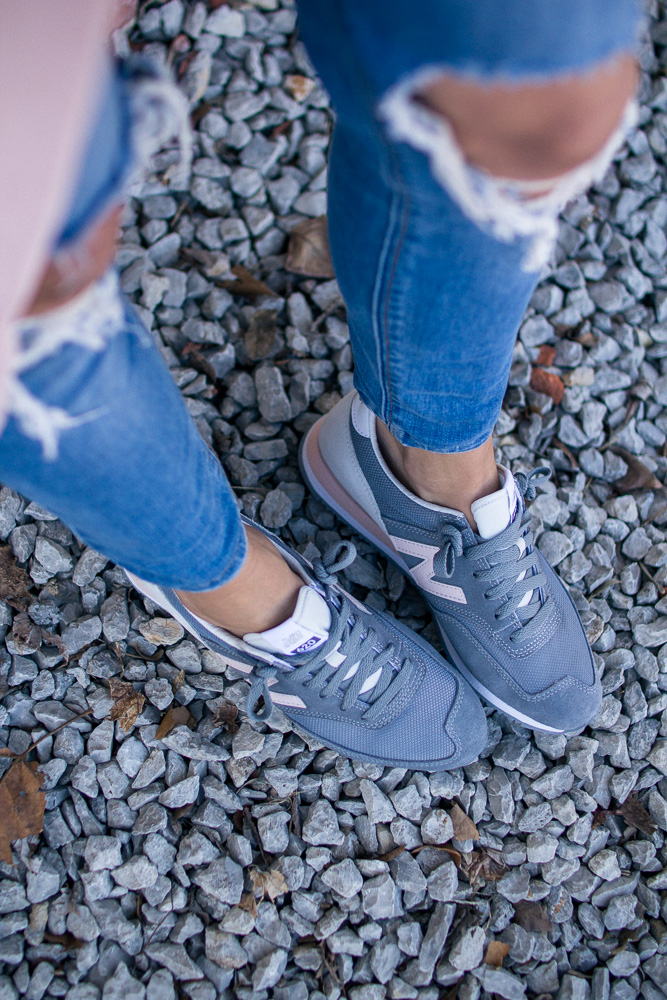 casual-sneaker-style