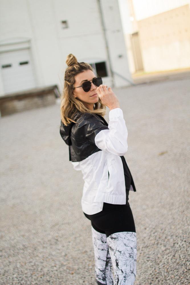 new-year-stylish-fitness-nike-cella-jane-4345