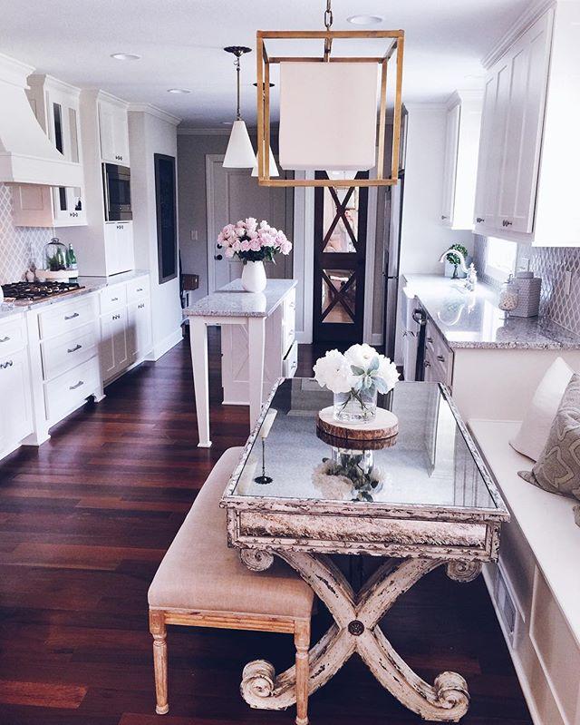 kitchen, home decor, peonies, kitchen table