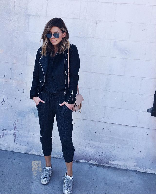 mirrored sunglasses, black joggers, chloe handbag