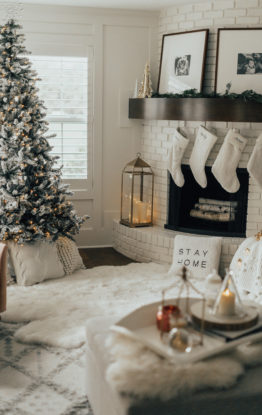 Home Holiday Decor: Family Room
