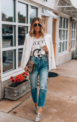 4 Tips for Styling High Rise Jeans