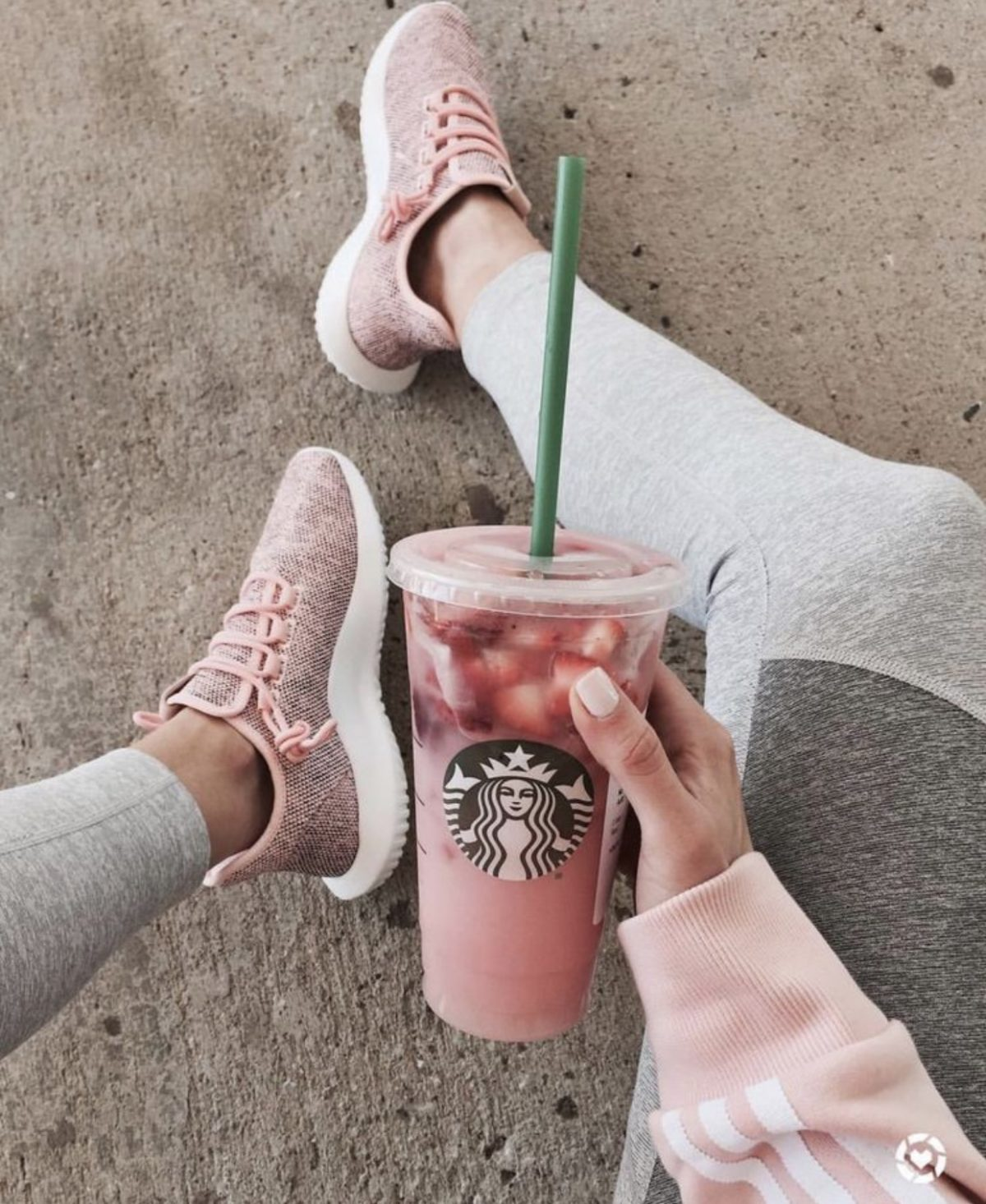 low carb pink drink healthier starbucks drink