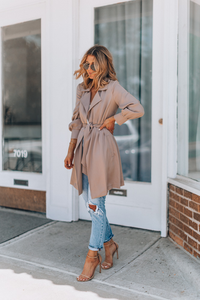 lightweight trench coat with jeans and heels