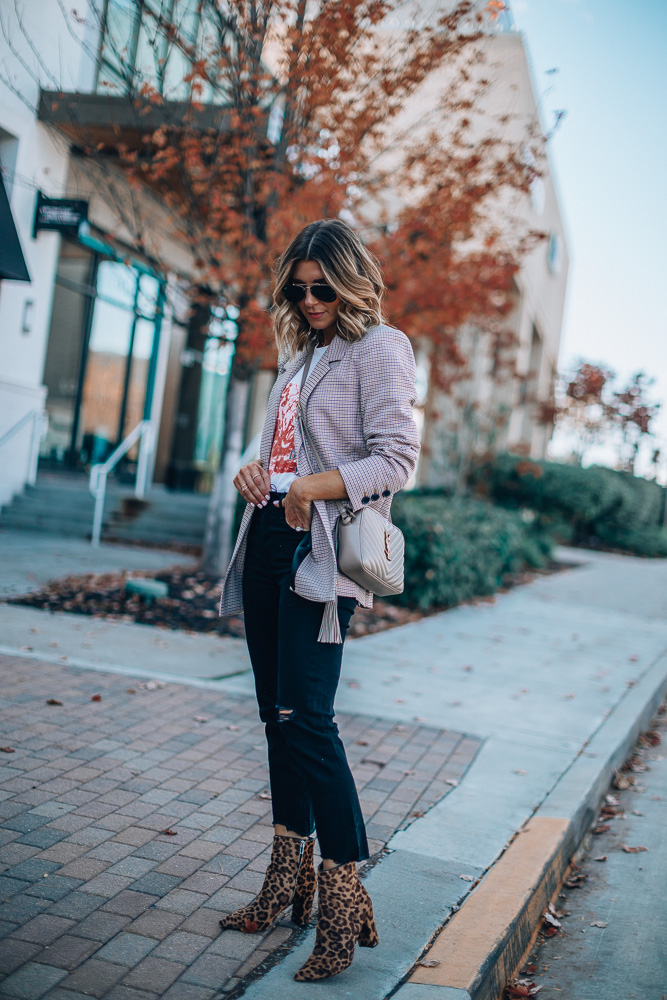 plaid fall blazer outfit