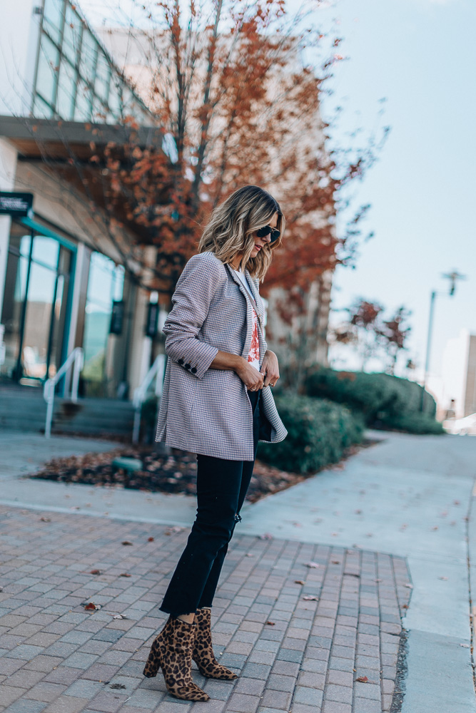 fall outfit with leopard print booties