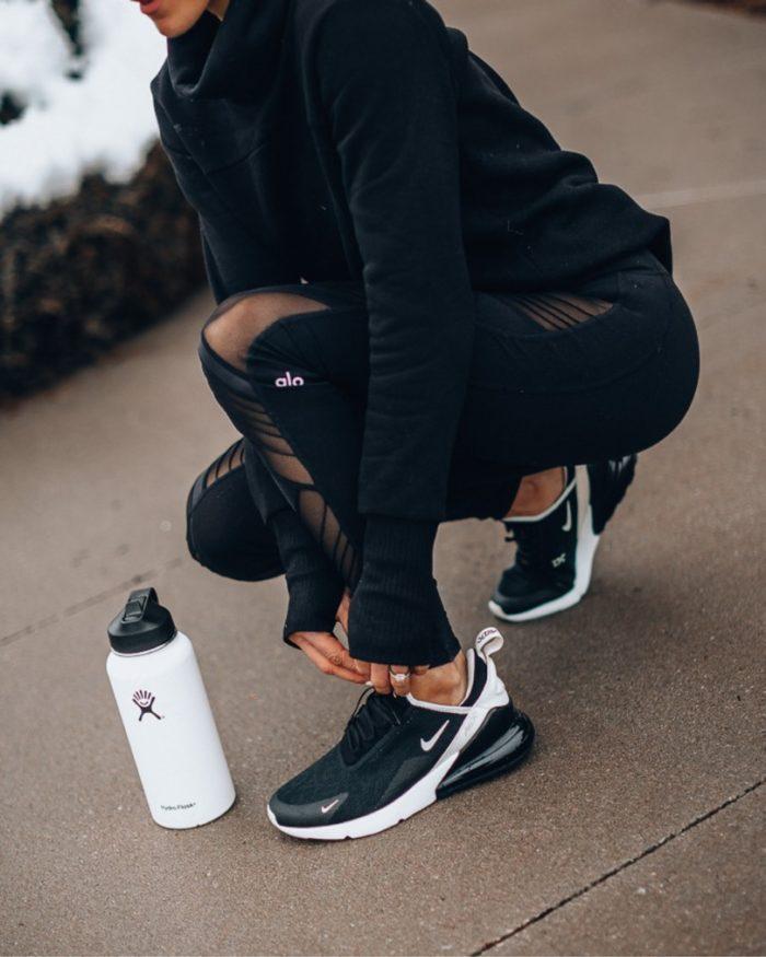 nike-270-sneakers