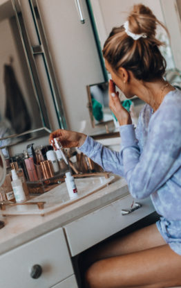 3 Reasons You Should be Using a Serum as Part of Your Skincare Routine